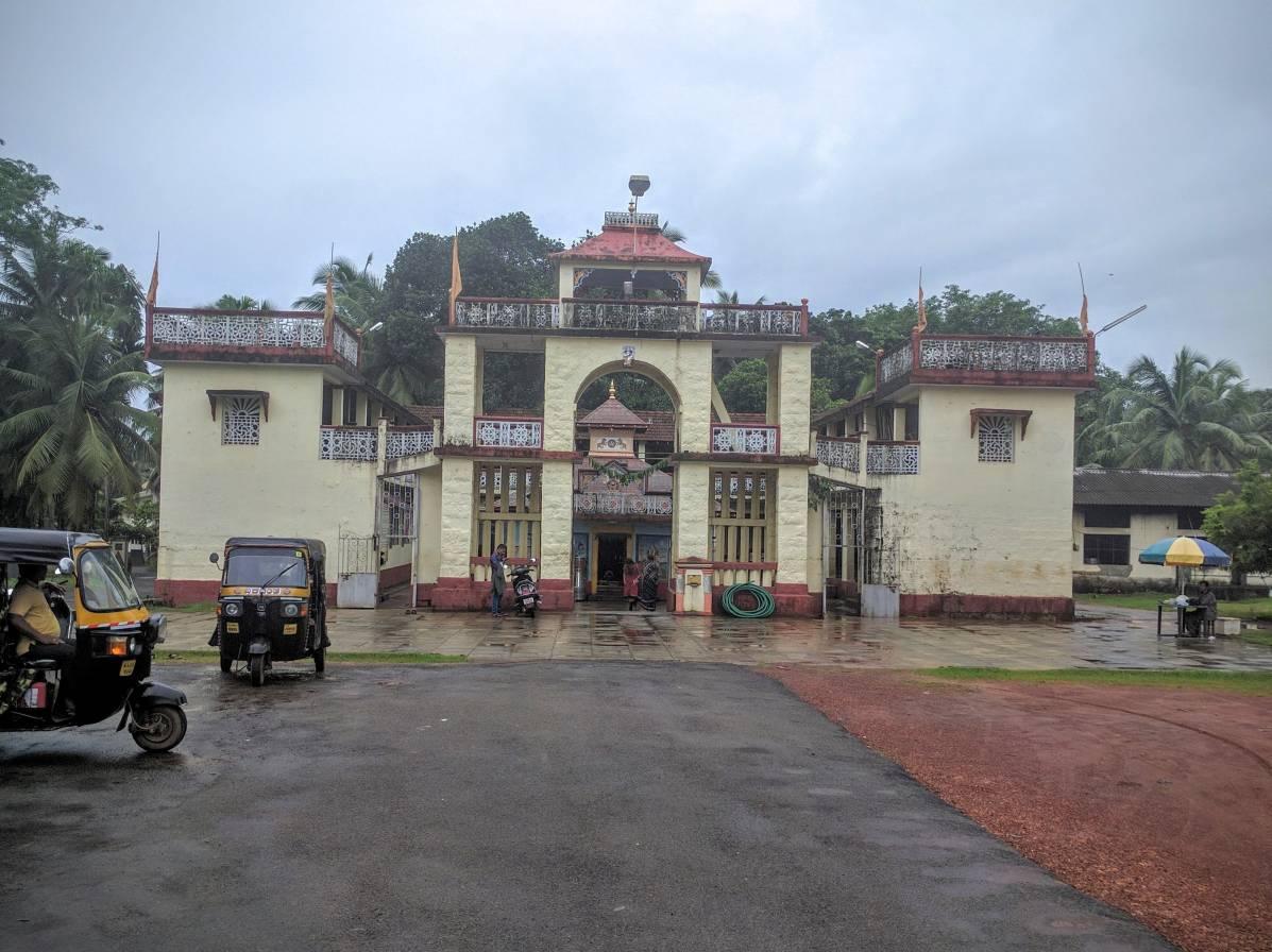 Hale Mariyamma Temple from outside